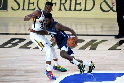 NBA》獨行俠「雙星」缺陣無礙 末節大反撲賞爵士3連敗
