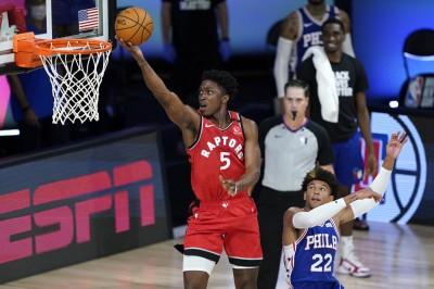 NBA》S.強森準絕殺 暴龍送七六人3連敗