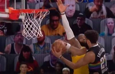 NBA》狂!J.穆雷變身籃球之神 高難度上籃讓詹皇成背景(影音)