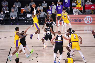 NBA》湖人維持G4「鐵定律」 詹姆斯、AD聯手轟60分率隊聽牌