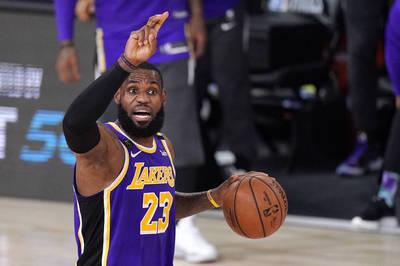 NBA》35歲最全能的男人 詹姆斯季後賽又用大三元創紀錄