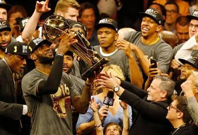 NBA》詹姆斯1人就擊敗熱火 湖人「爭冠經驗」成最大優勢