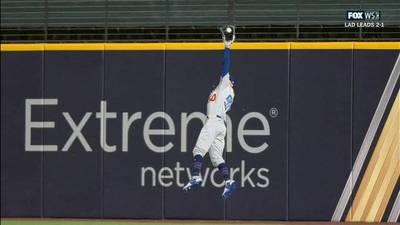 MLB》美技如喝水般容易!貝茲秀超狂接殺再獲美媒驚嘆(影音)