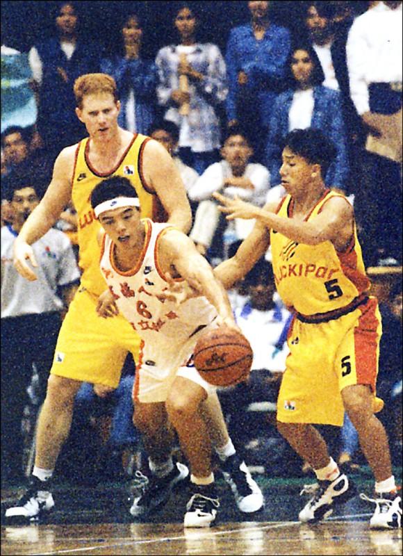 自由日日Shoot》台灣有過職籃 1999年無限期停賽至今