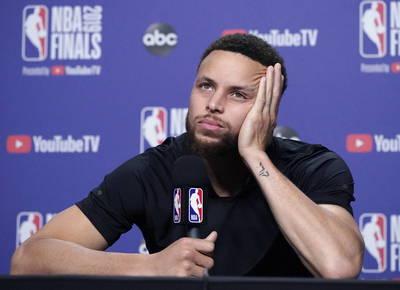 NBA》訓練營學員變隊友 柯瑞自嘲「我老了」