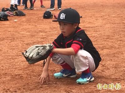 棒球》迷你開路先鋒!118公分東山小二生許芫鋐最愛當捕手