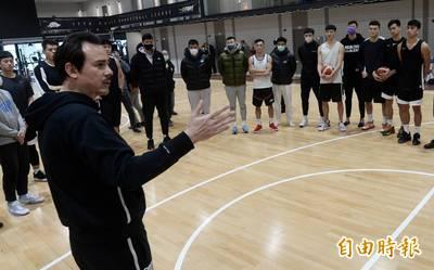 籃球》打不打都很煎熬!台灣男籃集訓備戰亞洲盃