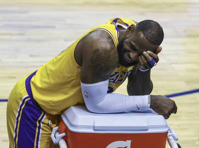 NBA》我又不是反派薩諾斯!詹皇轉發搞笑影音回應哈登轉隊