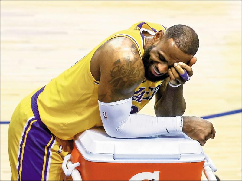 NBA》別再把球扔給我!詹皇轉發搞笑片酸自己