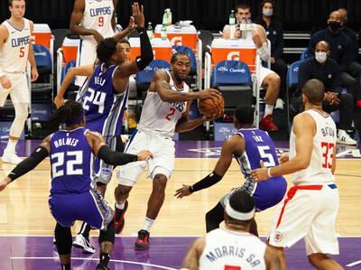 NBA》作客沙加緬度8年來沒輸過 快艇下起三分雨轟垮國王