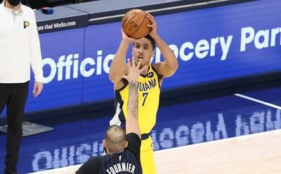 NBA》布洛格登逆轉致勝三分彈! 溜馬延長賽氣走魔術(影音)