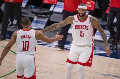 NBA》「表弟」繳火箭生涯代表作 獨行俠慘遭痛宰吞敗