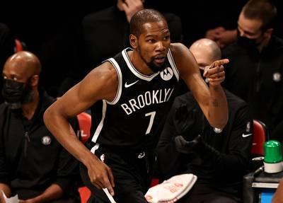 NBA》險遭熱火絕地大逆轉 籃網三巨頭終獲合體首勝