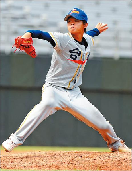 台電先發投手王宗豪年紀輕、控球精準,讓總教練對他有相當的期待。<br>(記者朱沛雄攝)