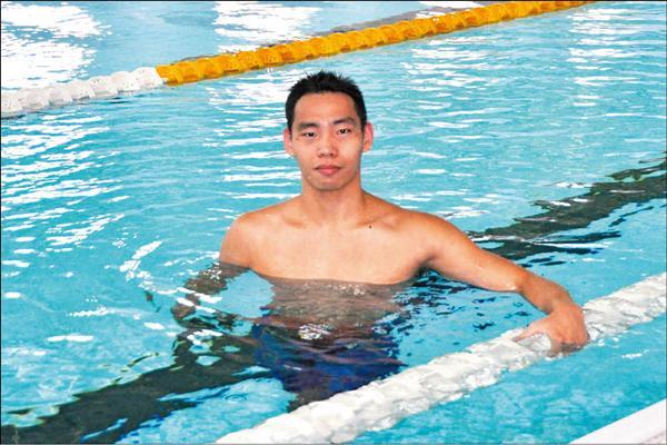 亞運游泳國手陳卓逸要在廣州挑戰顛峰,突破全國紀錄,帶回好成績!(記者葉士弘攝)