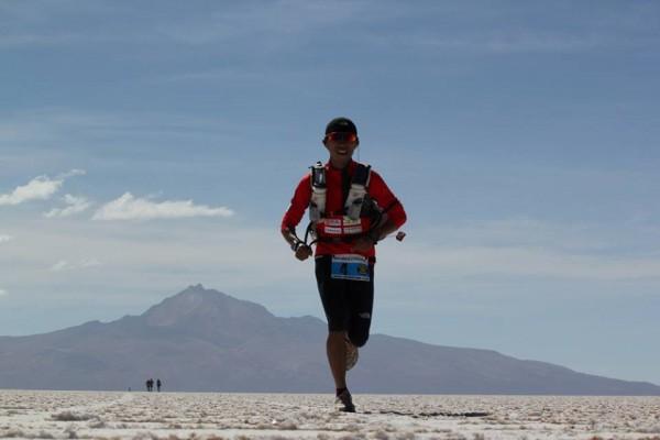 捷報!台灣選手陳彥博,獲玻利維亞高原超馬賽冠軍。(圖片擷自活動主辦單位Canal-Adventure臉書)