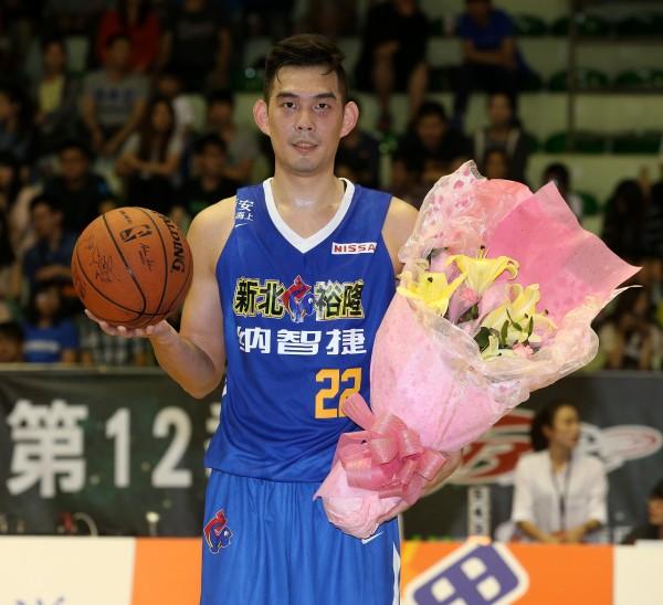 呂政儒今天拿下個人生涯的第3千分,成為SBL史上第10位達成的球員。(籃協提供)