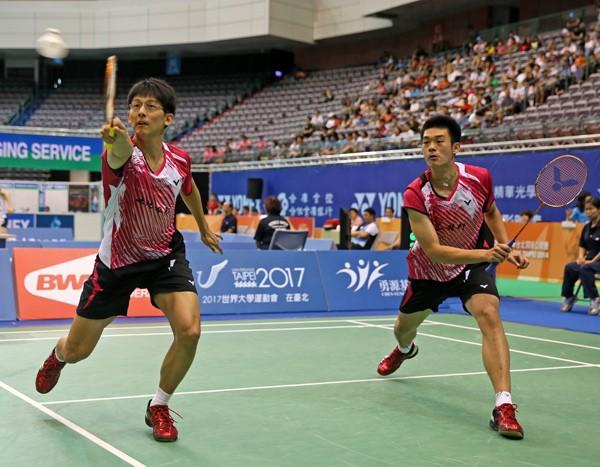 馬來西亞黃金大獎羽賽男雙冠軍賽,陳宏麟(左)、王齊麟以1:2不敵日本對手,拿下亞軍。(資料照,羽協提供)