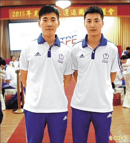 世大運拿下二連霸的桌球男雙江宏傑(右)、黃聖盛,下屆將拆夥。(記者林宗偉攝)