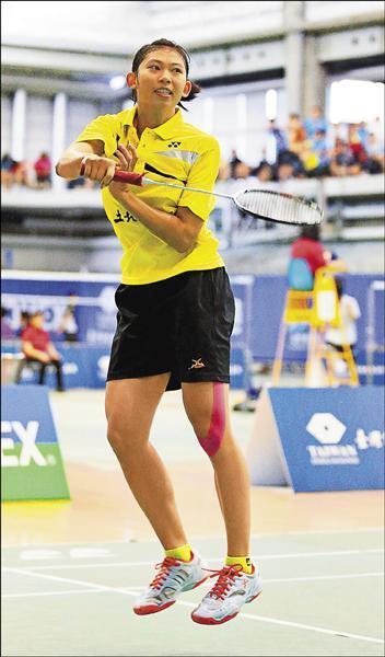 年僅17歲的土銀胡綾芳,昨在全國排名賽四強戰獲勝,生涯首闖女單冠軍賽。(羽球協會提供)