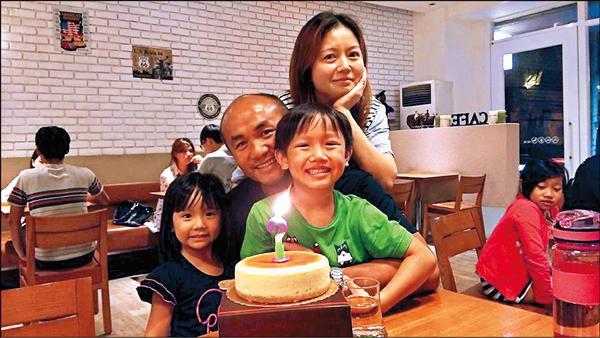 張泰山昨39歲生日,明年去向備受矚目。(取自張泰山臉書)
