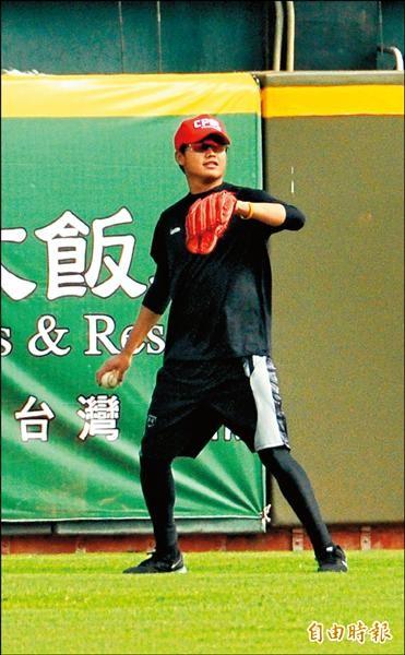 中職聯隊林樺慶將擔任今天對日職的先發投手。(記者徐正揚攝)