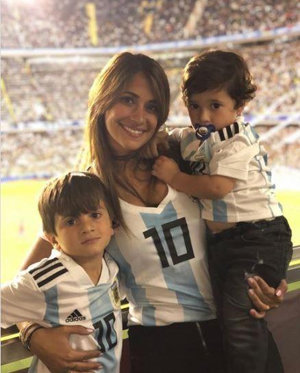 安托內雅·羅庫佐與梅西是青梅竹馬,兩人於梅西5歲時便認識。(圖取自《IG》antoroccuzzo88)