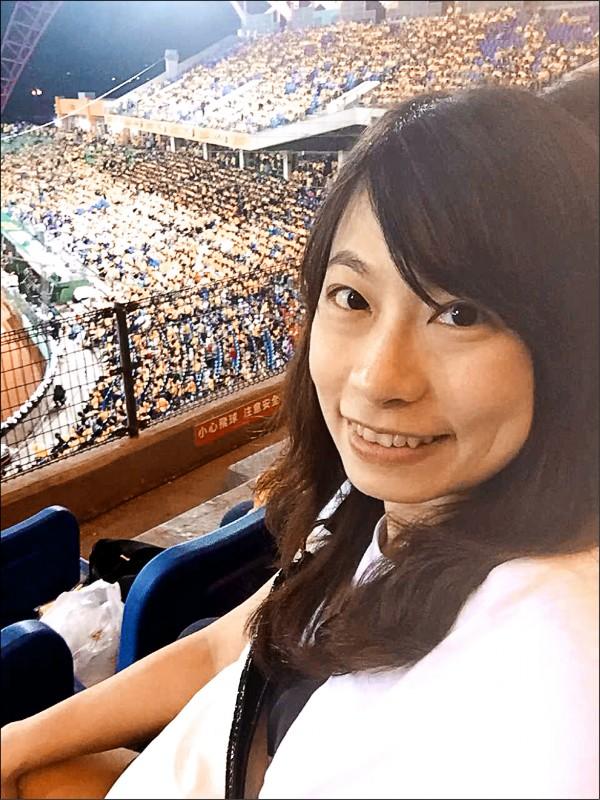 中職30系列報導18》從小女孩到媽媽 李依蓉見證逾1200場球賽