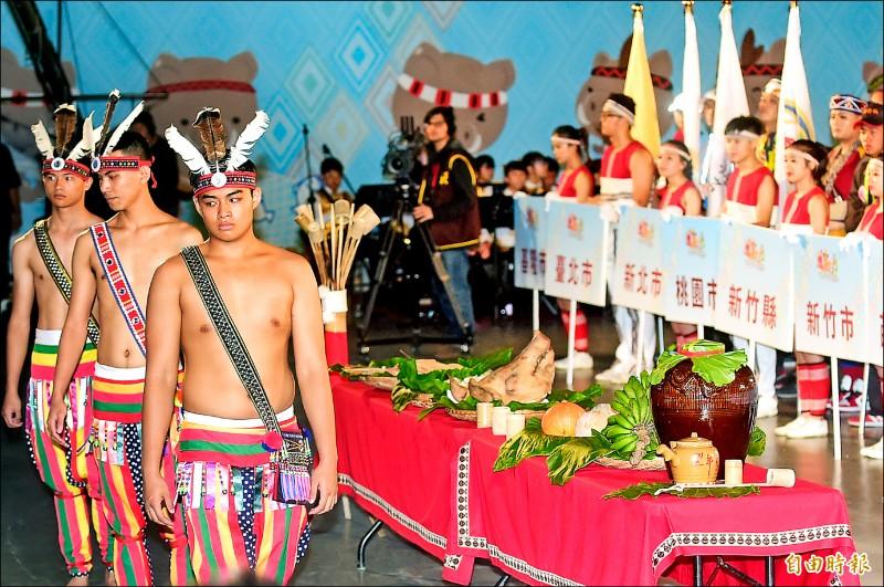 108年全國原住民運動會昨舉行開幕典禮。(記者廖耀東攝)