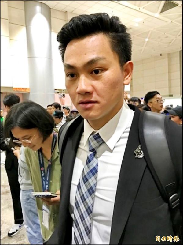 為被封為「台灣隊新王牌」的江少慶昨返抵國門。(記者徐正揚攝)