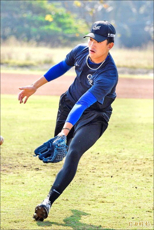吳昇峰棒球路多波折,自己笑稱「如果有機會踏上奧運殿堂,應該可以出書了。」 (記者龔乃玠攝)