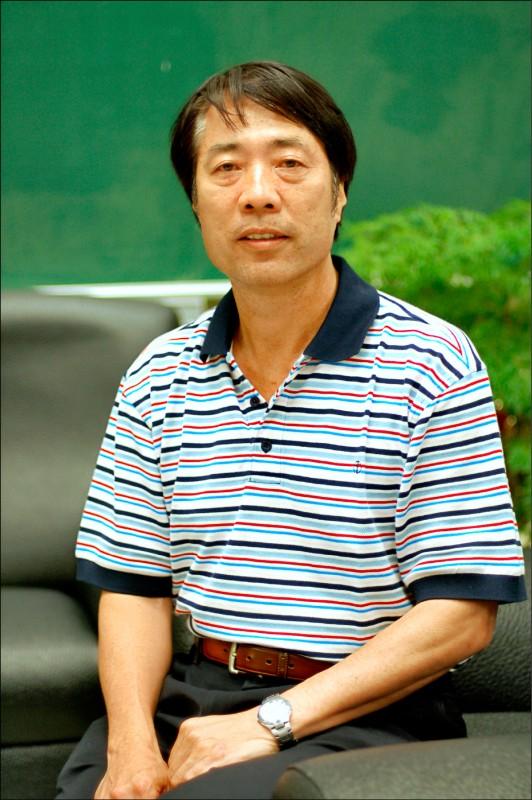 現年64歲的田徑退役名將、北市大副校長黃文成,可望以黑馬姿態接任體育署長。(取自北市大官網路)