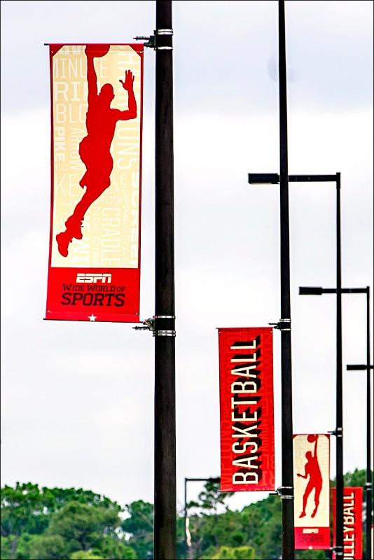 NBA球季7月31日將於奧蘭多迪士尼體育場閉門復賽,但因為疫情延燒佛州,恐添變數。(歐新社)