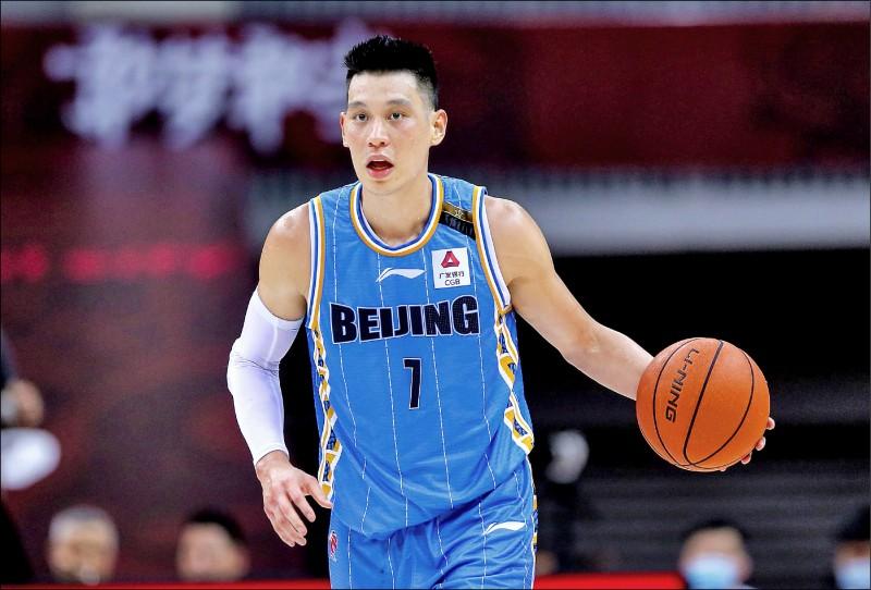 昨天是CBA新賽季球員註冊截止日,人在美國的林書豪突然拋出震撼彈,宣佈不回北京首鋼效力。(法新社資料照)