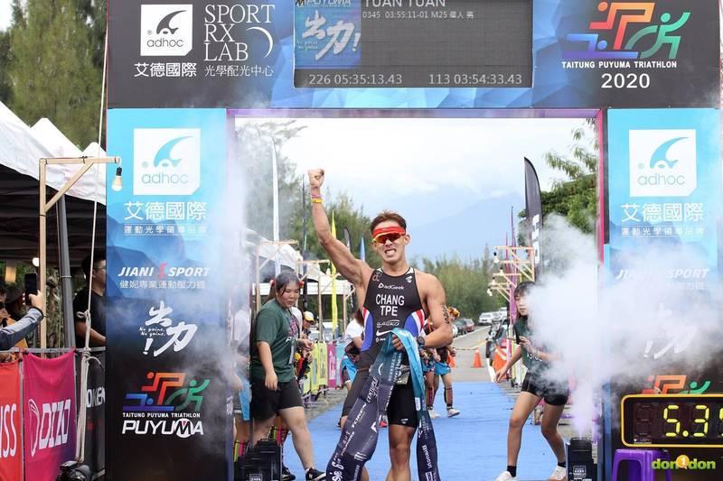 鐵人三項》拚出113公里台灣紀錄!新手奶爸張團畯喊累但值得