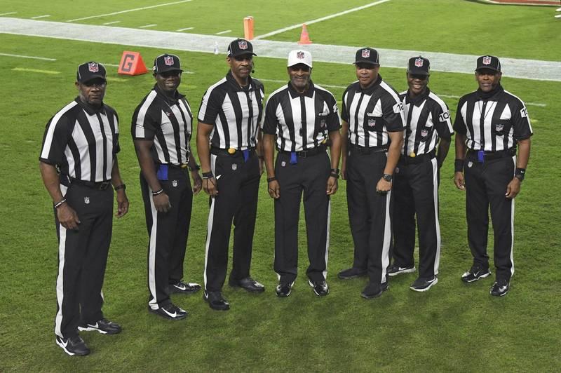 美式足球》首度全由非裔裁判執法 NFL開啟歷史新扉頁