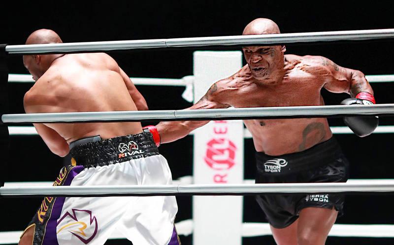 拳擊》破百歲的決鬥! 前重量級拳王泰森、瓊斯激戰8回合打平