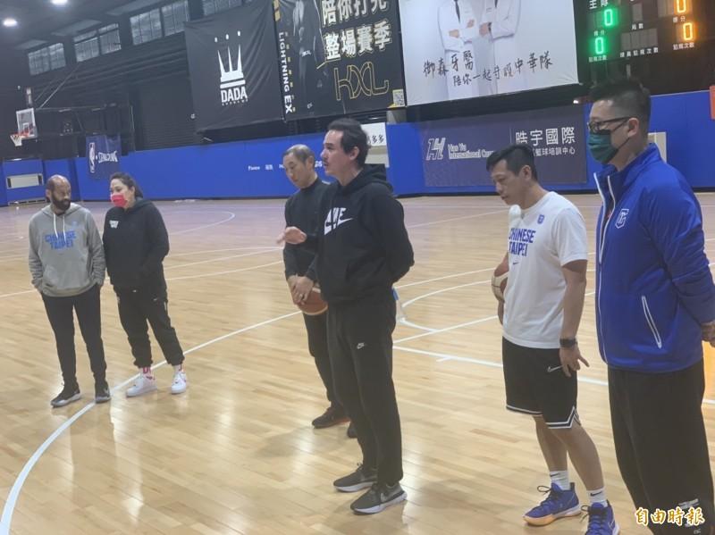 [新聞] 亞洲盃資格賽》台灣男籃14人今集訓 名單