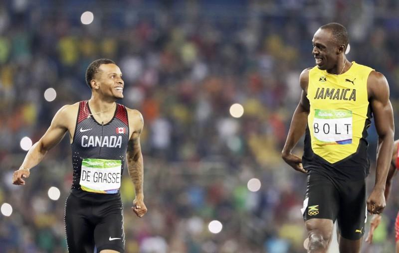 奧運》波爾特找到快樂夥伴 終點前微笑對看