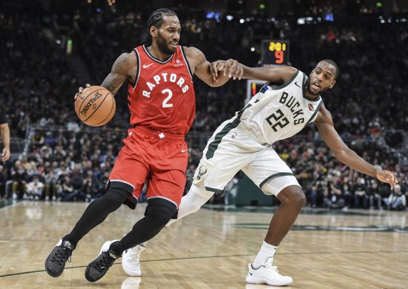 NBA》公鹿主場開嘲諷 雷納德失誤後竟聽到「自己的笑聲」(影音)