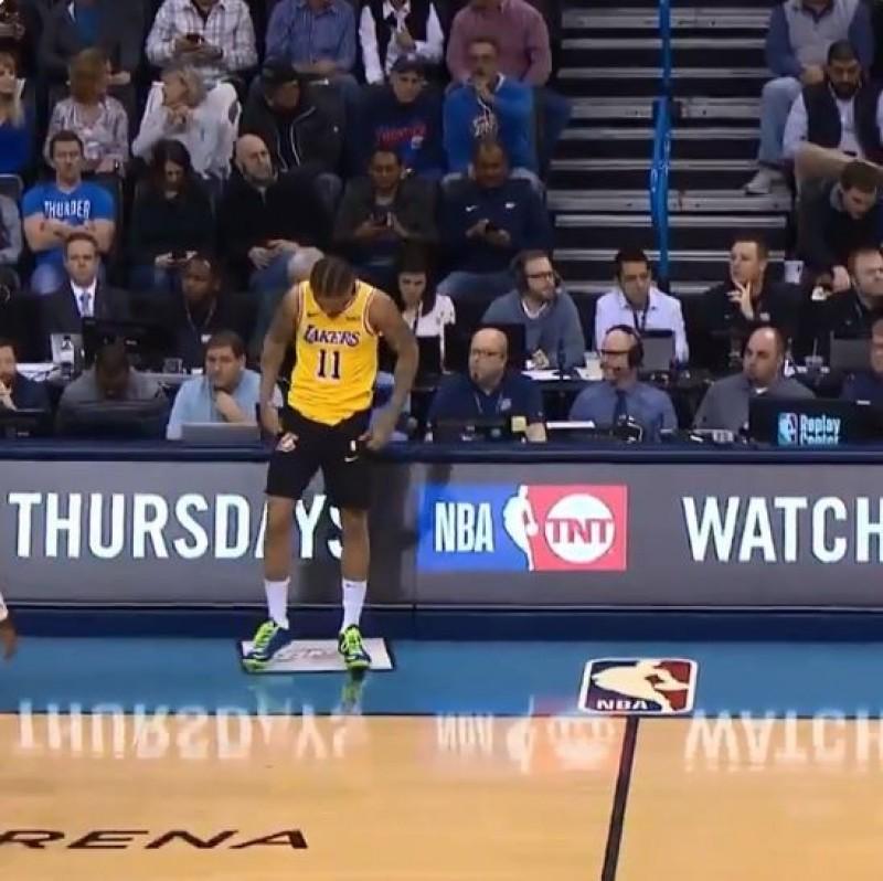 NBA》超糗!要上場才發現穿錯球褲 畢斯利衝回休息室換裝(影音)