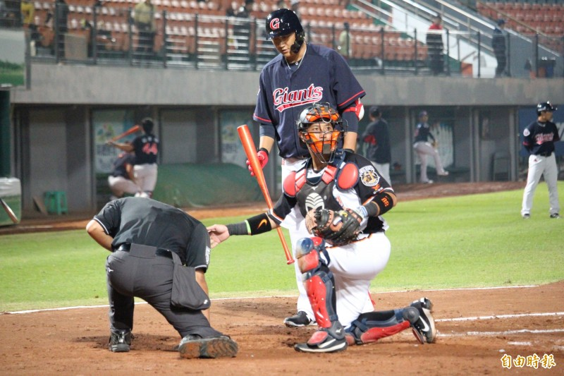 棒球》不讓李大浩專美於前  林勝傑開轟獅逼和樂天