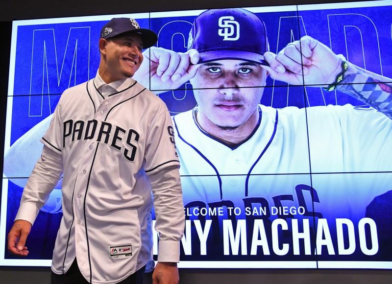 MLB》樂意讓賢游擊大物 馬查多加盟教士守三壘
