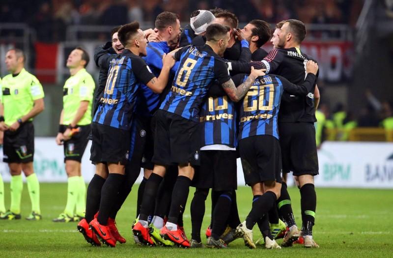 義甲》同城大戰!國際米蘭一球險勝AC米蘭