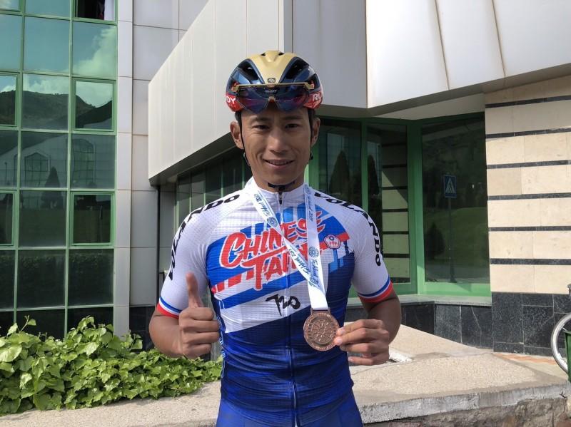 自由車》馮俊凱奪台灣近25年來首面獎牌 可惜與奧運門票擦身而過