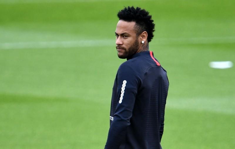 足球》內馬爾被自家球迷羞辱 大巴黎遭法足聯罰款