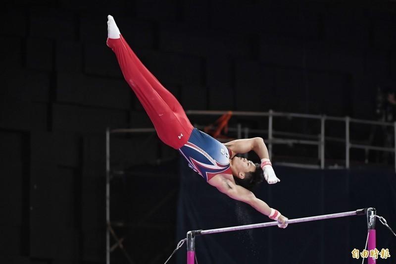 體操》備戰世錦賽 唐嘉鴻法國挑戰賽單槓摘銅牌