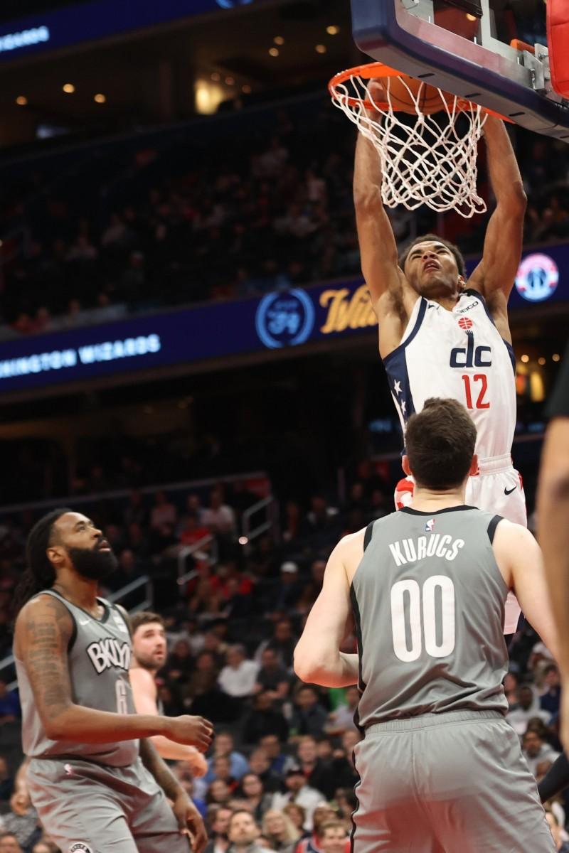 NBA》J.羅賓森關鍵三分 巫師賞籃網二連敗