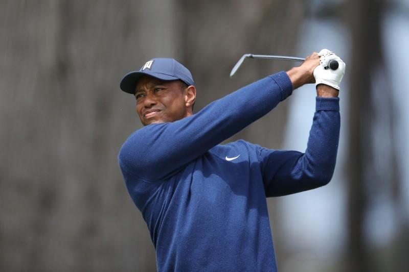高球》PGA錦標賽首輪 伍茲換新武器今揮出68桿