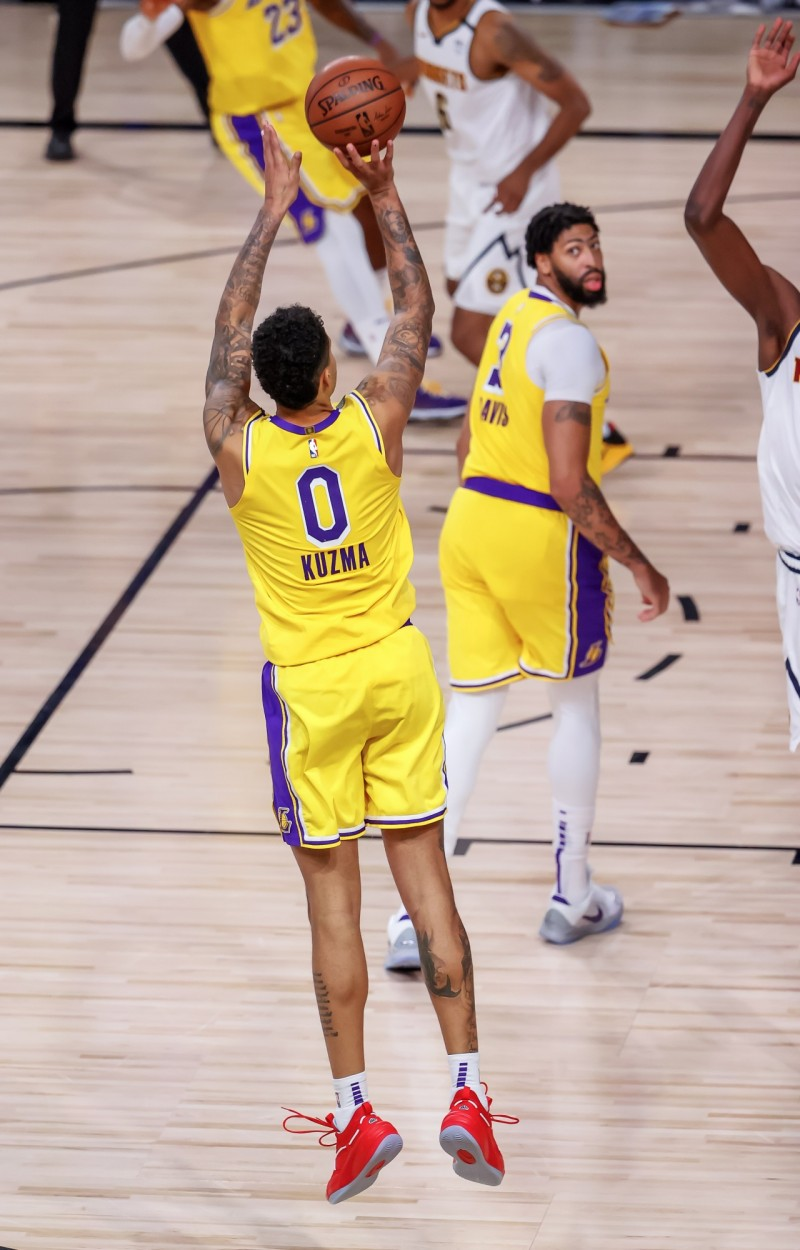 湖人庫茲馬驚天三分球絕殺金塊 今日NBA戰績